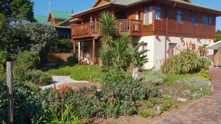 Brenton Bushbuck Lodge