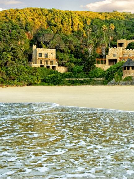 Noetzie Castles, Noetzie beach