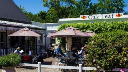 Oak Leaf Brunch Cafe, Gourmet Deli & Coffee Bar