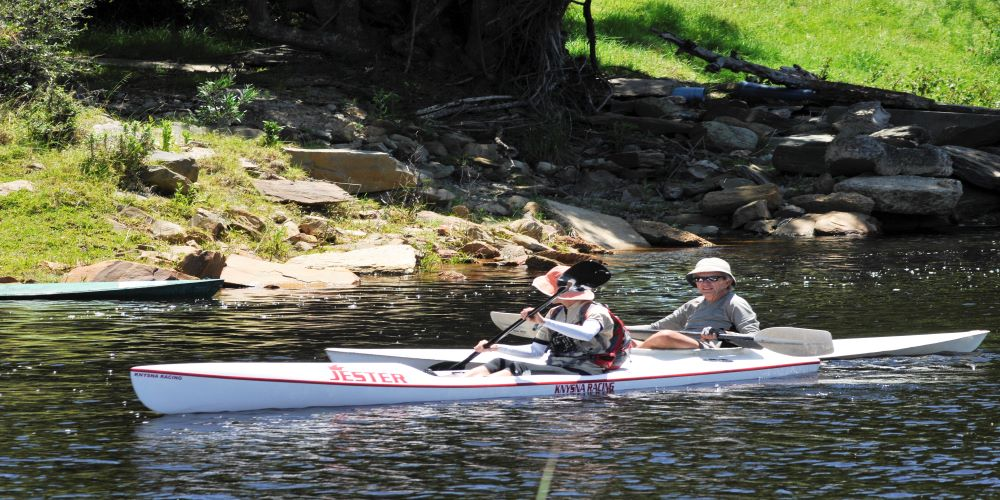 Paddlers on the Knysna River